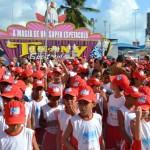 No encerramento do Projeto Golfinho, circo Tihany encanta crianças