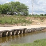 Passagens molhadas na zona rural do Sertão