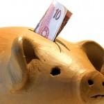 Cofrinho ainda é sinônimo de poupança do dinheiro extra