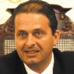 Governador Eduardo Campos profere palestra no seminário promovido pela Fundação João Mangabeira