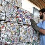 Indústria de reciclagem gera bons negócios