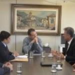 Diretoria da CPLA, Aldemar Monteiro e Fernando Medeiros, acompanhado do deputado federal Joaquim Beltrão, em conversa com o presidente da Conab, cobram mais ações em prol dos produtores de leite