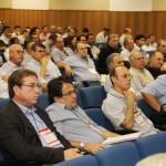 Usineiros e técnicos participam da palestra de abertura da Fersucro