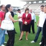 Delegação da seleção japonesa visita o Estádio de Futebol Rei Pelé