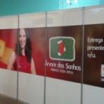 Praça central do Maceió Shopping recebe últimos detalhes para abertura da decoração natalina nesta quarta