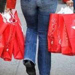 Com menos dívida, consumidor tende a comprar mais no Natal