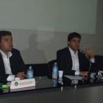 Prefeito Rui Palmeira ao lado do vice Marcelo em entrevista coletiva para a imprensa na Casa da Indústria