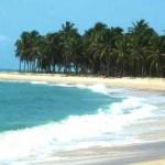 Bela praia no localizada no município de Barra de São Miguel