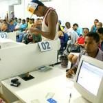 Alagoanos buscam trabalho nas agências de emprego