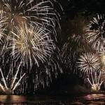 Queima de fogos na festa de réveillon na orla marítima de Maceió
