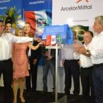 Governador Teotonio Vilela e empresário Ricardo Barreto descerram a placa de inauguração da ArcelorMittal