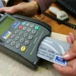 Cartão de crédito estimula muitas vezes o consumidor comprar por impulso