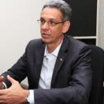 Secretário de Ciência e Tecnologia Eduardo Setton