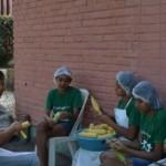 Alunas do Projeto O Amanhã de Pindorama participam de atividade de culinária