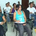 Turma do curso de alfabetização de jovens e adultos