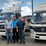 Empresários animados com os bons resultados de venda dos caminhões Foton