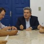 Álvaro Vasconcelos promete melhor distribuição de sementes
