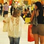 Consumidores estão mais precavidos na hora de fazer novas compras