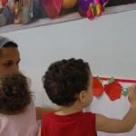 Crianças começam a aprender os benefícios da maça