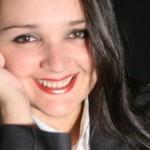 Catarina Muniz é alagoana, formada em Comunicação Social (Relações Públicas)