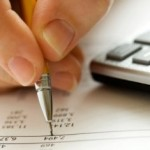 Planejamento e controle de gastos ajudam na hora de manter as contas em dia