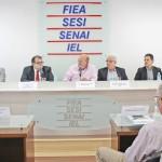 Presidente da Fiea José Carlos Lyra agradece a presença do secretário da Fazenda George Santoro  na primeira reunião do ano realizada na FIEA