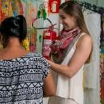 Primeira-dama Renata Calheiros visitou artesãs em Marechal Deodoro