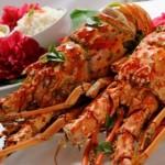 Pratos de lagostas são oferecidos aos turistas