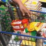 Valor da cesta básica ainda continua assustando os clientes
