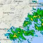 Imagem de satélite apresenta bastante nuvens na área que abrange o litoral de Alagoas e Pernambuco