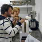 Especialistas do APA restauram documentos no moderno laboratório de conservação e restauro