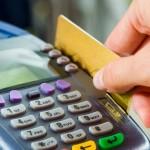 Compras no cartão de crédito ainda continuam levando o consumidor ao endividamento