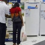 Consumidor alagoano ainda está retraído na hora de efetuar as compras