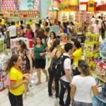 Pais estão mais animados em comprar brinquedos para os filhos
