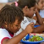 Milhares de crianças são beneficiadas com melhores refeições e mais jogos lúdicos