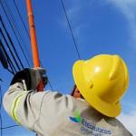 Eletrobras passa a atender apenas os serviços emergenciais