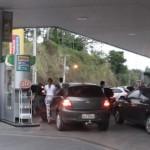 População superlota os postos à procura de combustíveis