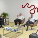 Presidente da Fiea, José Carlos Lyra, presidente do Sinduscon, Alfredo Brêda, vice-presidente da Fiea, José da Silva Nogueira, e o empresário Alberto Cabús, conversam sobre investimentos com o superintendente do BNB/AL, Pedro Ermírio
