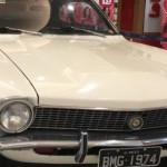 Carros antigos são expostos no Shopping Parque Maceió para visitação do público