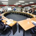 Secretário de Desenvolvimento Econômico, Rafael Brito, lidera reunião com os membros do Conedes