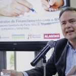 Governador Renan Filho e o superintendente do BNB em Alagoas, Pedro Ermírio, assinam a PPP