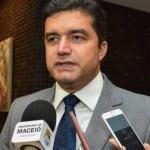 Prefeito Rui Palmeira quer isenção do IPTU para moradores do bairro do Pinheiro