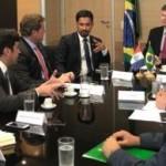 Bancada federal em reunião liderada pelo senador Rodrigo Cunha