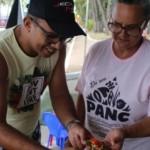 Agricultores participantes da feira vêm de diferentes lugares do Estado