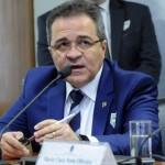 Presidente do Banco do Nordeste, Romildo Rolim, em audiência no Senado