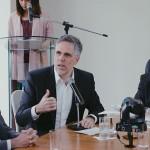 Presidente da GOL Linhas Aéreas, Paulo Kakinoff, se disse entusiasmado com o aumento da demanda, ao lado do secretário de Desenvolvimento Econômico, Rafael Brito, e do governador Renan Filho