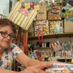 Artesã Vânia Oliveira, também reconhecida como Mestre do Patrimônio Vivo de Alagoas, vê a criatividade como uma fonte de renda