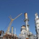 Preço do petróleo desaba mais de 30% e causa pânico no mercado