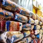 Equatorial distribui cestas de alimentos para a população mais necessitada