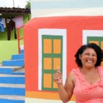 Moradora de grota de Maceió atendida pelo programa